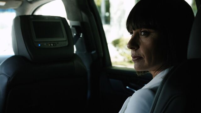 File:RosalindPrice-tells-Coulson-to-get-out.jpg