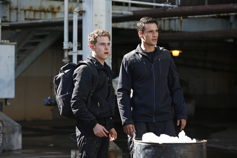 File:Marvels agents of shield the hub 20131104 1644705125.jpg