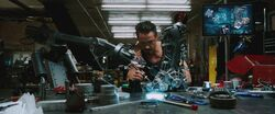 Iron-man1-movie-screencaps com-6648