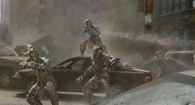 File:Chitauri-aliens-avengers.jpg