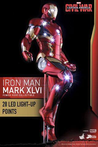File:Iron Man Civil War Hot Toys 5.jpg