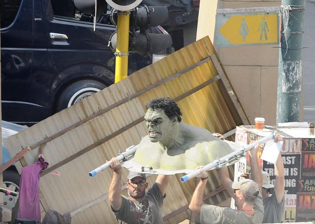File:AoU filming practical Hulk.jpg