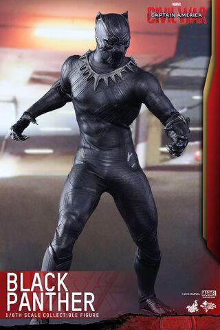 File:Black Panther Civil War Hot Toys 6.jpg