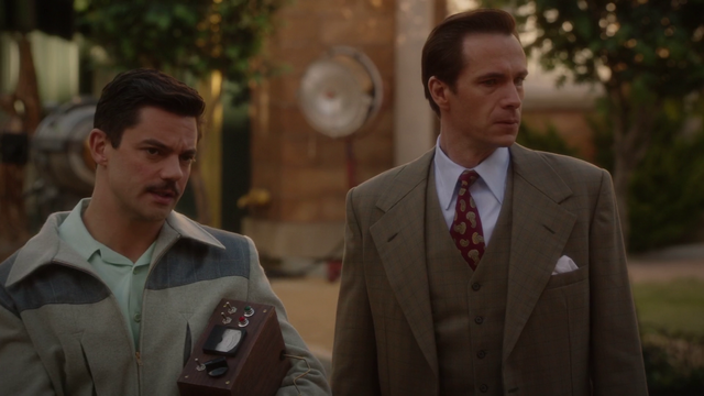 File:Stark & Jarvis (2x10).png