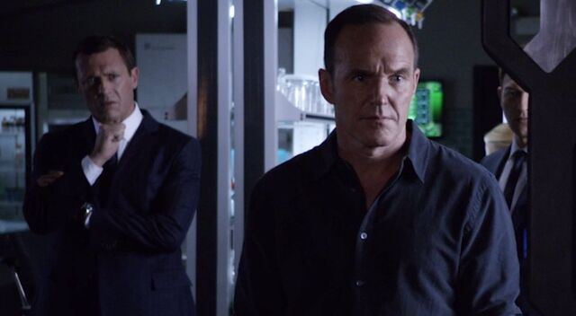 File:Uprising Coulson and Jeffrey.jpg