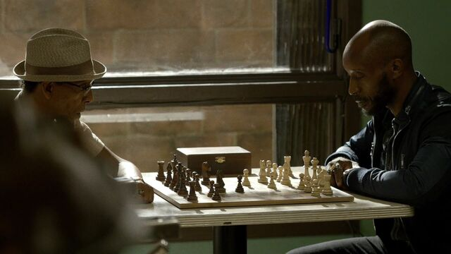 File:Barrett-vs-Fish-ChessGame.jpg