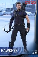 Hawkeye Civil War Hot Toys 11