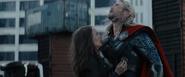 Portman Hemsworth Thor 2