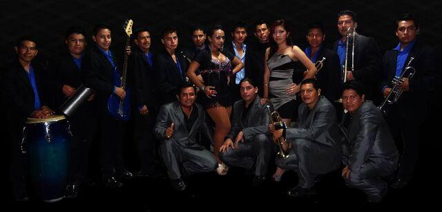 File:Orquestra Los Embajadores.jpg
