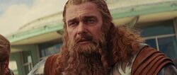 Volstagg-sees-Thor-die