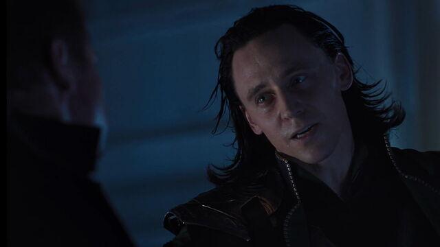 File:Loki-avengers-hawkeye-opening-scene.jpg