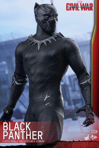 File:Black Panther Civil War Hot Toys 7.jpg