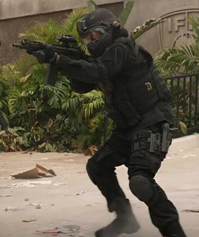 File:Crossbone Mercenary -2.png