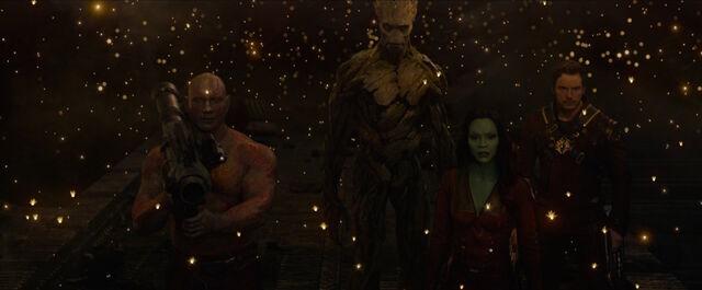 File:Guardians-Drax-shoots-Nebula.jpg