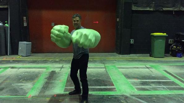 File:Thor Ragnarok Hulk BTS.png