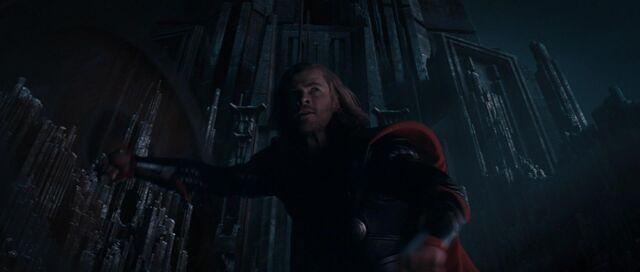 File:Thor-HammerSwing-Jotunheim.jpg