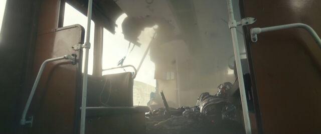 File:Ultron-CrashLanding.jpg