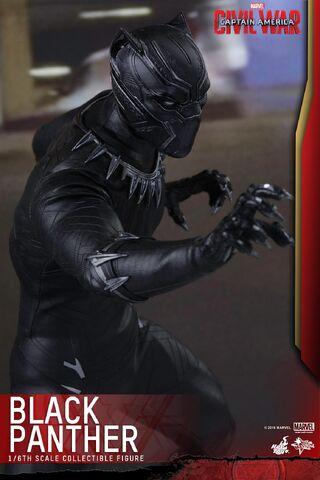 File:Black Panther Civil War Hot Toys 5.jpg