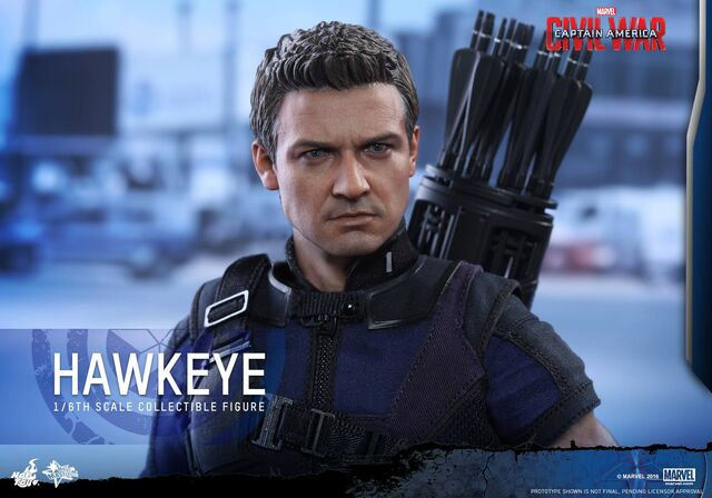 File:Hawkeye Civil War Hot Toys 18.jpg