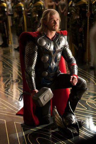 File:Thor-movie-image.jpg
