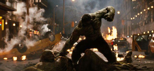 File:Hulk vs Abomination.jpeg