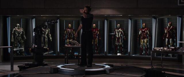 File:Iron-man3-movie-screencaps com-684.jpg