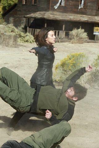 File:Agents-Of-Shield-1x11-12.jpg