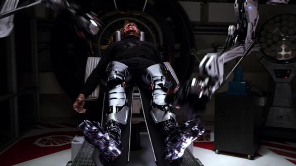 File:Cybertek Prosthetic Legs.png