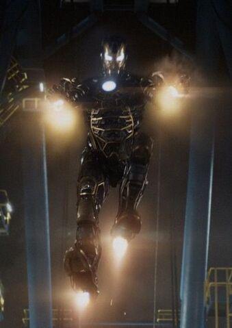 File:Iron Man Armor MK XLI (Earth-199999) from Iron Man 3 (film) 001.jpg