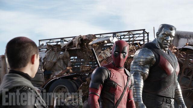 File:Deadpool-colossus-02.jpg