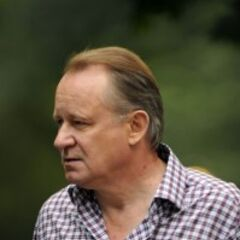 Stellan Skarsgard on set