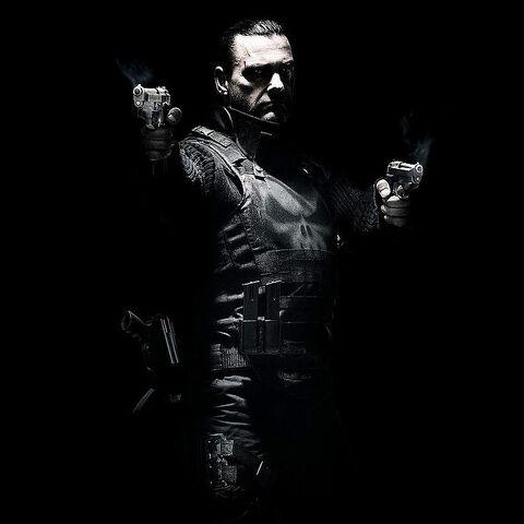 File:Punisher-warzone-poster.jpg
