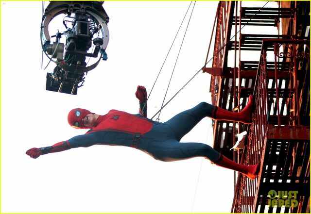 File:Tom-holland-performs-his-own-spider-man-stunts-on-nyc-fire-escape-06.jpg