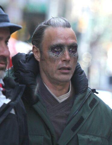 File:Doctor Strange Filming 51.jpg