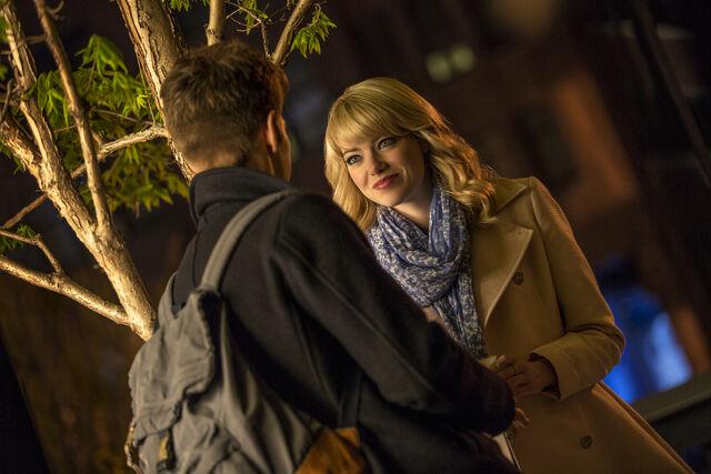 File:Gwen tells Peter about Oxford.jpg