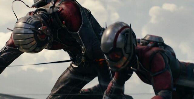 File:Janet van Dyne Wasp Ant-Man 1.jpg