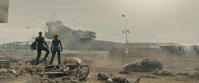 File:Cap Widow-shieldcarrier.jpg