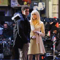 Andrew Garfield and Emma Stone on set.