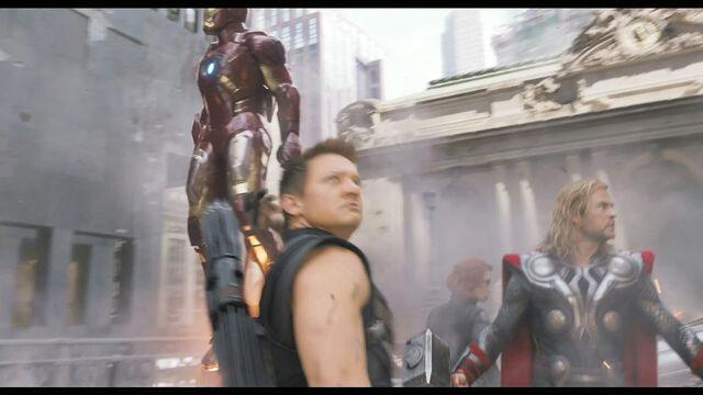 File:Avengers-super-bowl085.jpg