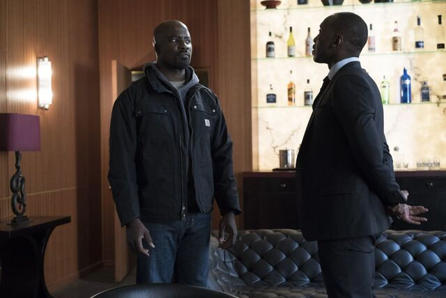 File:Luke Cage and Cottonmouth.jpg