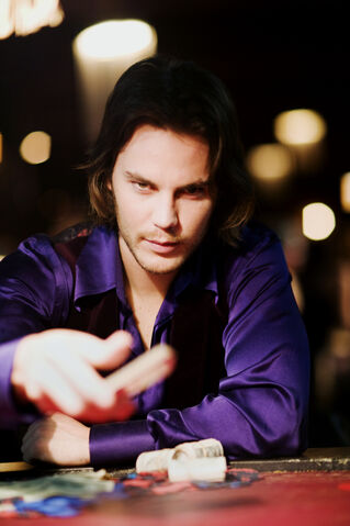 File:Taylor kitsch - gambit movie.jpg