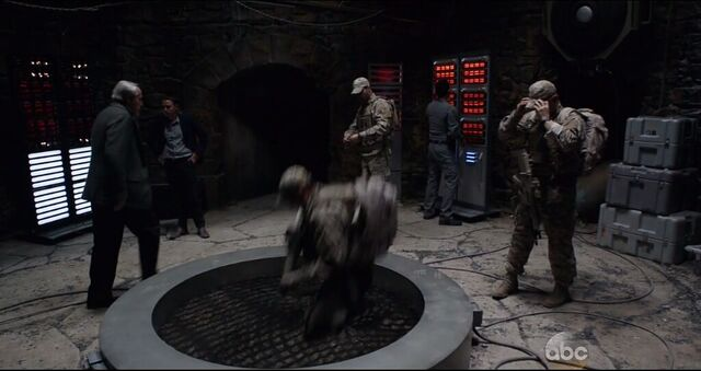 File:Monolith portal.JPG