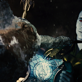 Loki freezes Heimdall with the casket