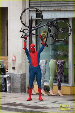 File:Spider-man-swings-into-action-on-set-22.jpg