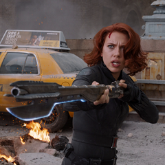 Black Widow wielding a Chitauri staff