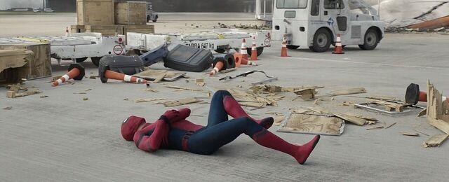File:Spider-Man Captain America Civil War (2).JPG