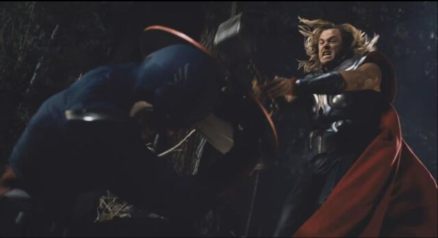 File:Thor attacks Cap 01.jpg