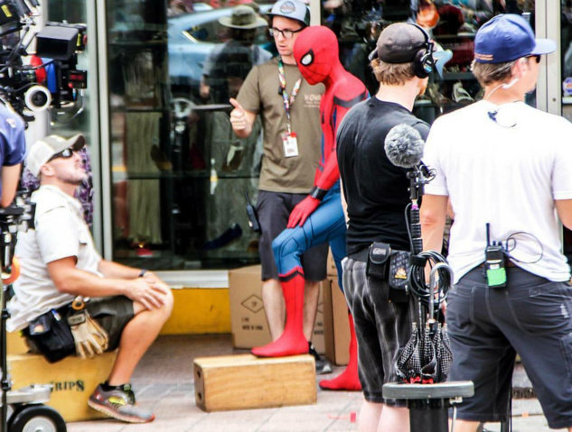 File:Spider-Man - Homecoming-Filming-Pic4.png