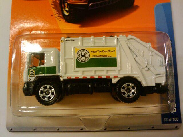 File:08 garbage truck.jpg