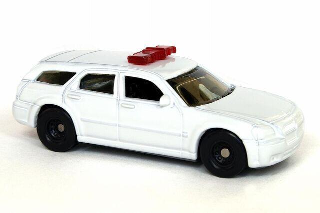 File:Custom Dodge Magnum Police - 6013ef.jpg